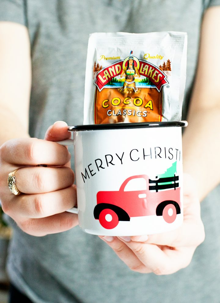 Christmas Tree Truck Mug • Cricut Holiday Gift Giving