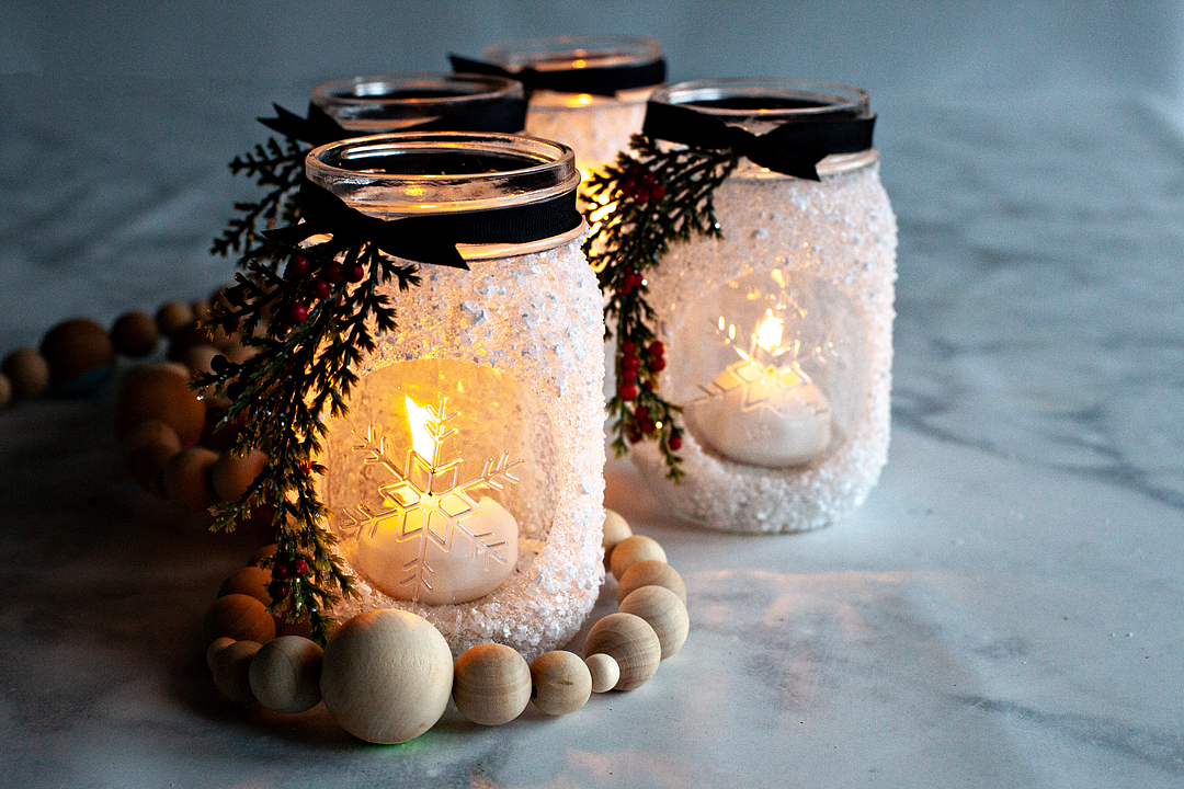 I'm thrilled that this season's Ball® Keepsake Collectible Holiday Jar is an ode to the stunning snowflake! I decided that a fun way to use this fun collectible jar is to make snowflake lanterns that are perfect for dressing up your home for the winter season or, as a fabulous holiday gift.