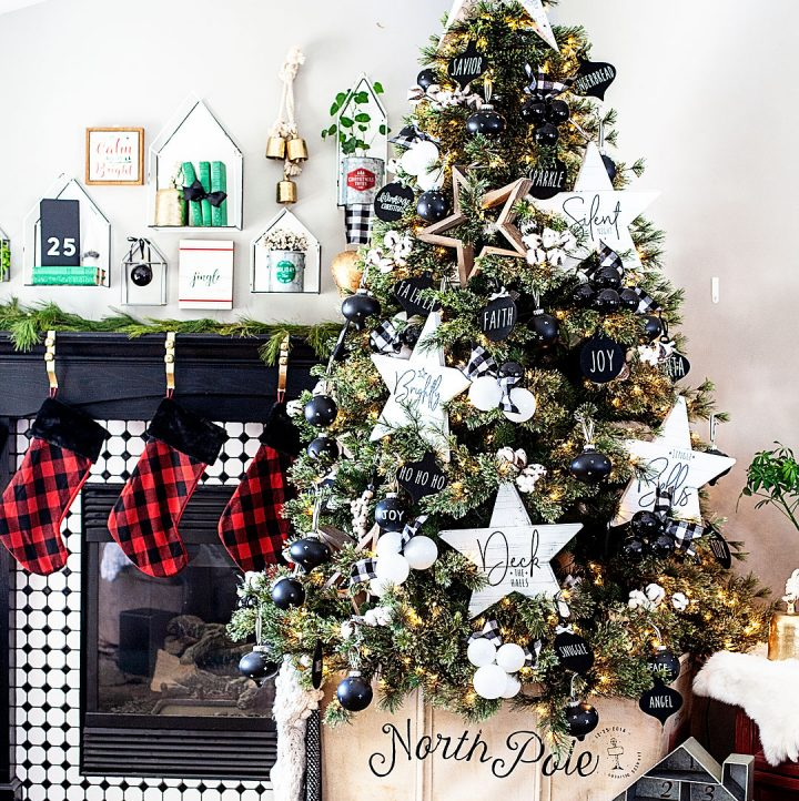 create a beautiful canvas Christmas Tree Cart with @cricut •WhipperBerry