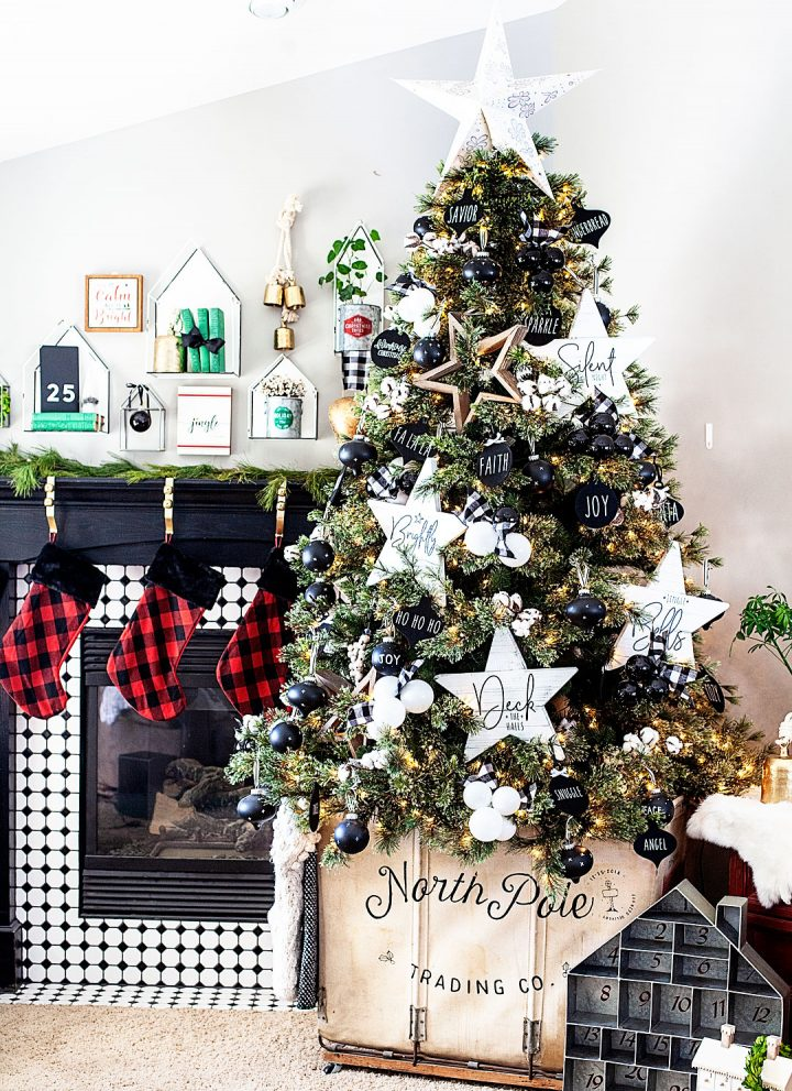 create a beautiful canvas Christmas Tree Cart with @cricut • WhipperBerry