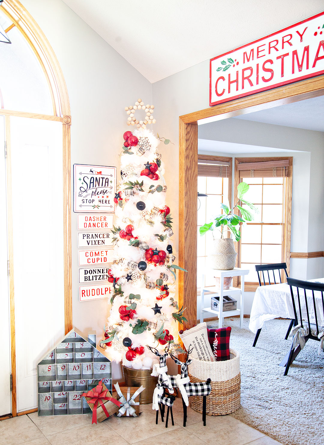 DIY Farmhouse inspired Christmas Tree for the @michaels Dream Tree Challenge - WhipperBerry